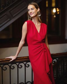 Our head-turning Santorini Silk High Low Dress is perfect for any island getaway. Stylish Dresses, Nice Dresses, Dresses For Work, Red Bridesmaid Dresses, Wedding Party Dresses, Red Wrap Dress, Ruffle Dress, Special Occasion Dresses, Red Maxi