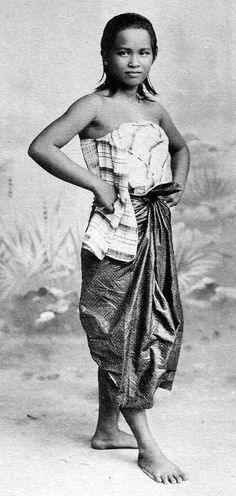 Siamese Woman: 19 th century
