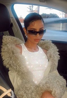 euphoria hbo Source by fashion idea Boujee Aesthetic, Bad Girl Aesthetic, Aesthetic Clothes, 2000s Fashion, Look Fashion, Fashion Outfits, Fashion Ideas, Fashion Tips, Pretty People