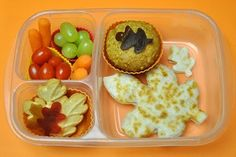 Lovely Autumn themed lunch. Is it snowing yet where you are?
