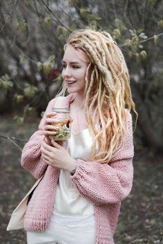 Dreads dread look lookbook girl pink summer hair style
