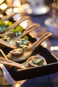 Edible Spoon with Mango Duck #culinarycapers #canape #horsdoeuvre #catering http://www.culinarycapers.com/ Photo: John C. Watson