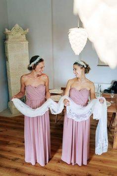 #bridesmaid #bridesmaids #sweet #schleier #gettingready Bridesmaid Dresses, Wedding Dresses, Margarita, Fashion, Veil, Bride Maid Dresses, Bride Gowns, Wedding Gowns, Moda