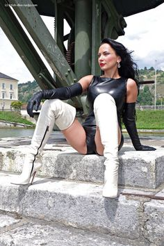 My Favorite Fetish Miss Mosh, Lady Ann, Image Blog, Stiletto Boots, Sexy Boots, White Boots, Thigh High Boots, Leather Gloves, Leather Fashion