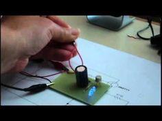 semplicissimo lampeggiatore - YouTube
