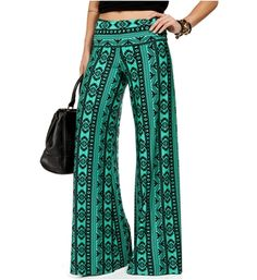 Green/Black Fold Over Waist Tribal Pants for a Hawaii football game. Aztec Pants, Boho Life, Cool Style, My Style, Kinds Of Clothes, Printed Pants, Playing Dress Up, Dress Me Up, Fashion Outfits