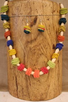 Crochet discs!  I can do that. Diy Jewelry, Jewelery, Jewelry Necklaces, Jewelry Making, Crochet Jewellery, Crochet Necklace, Crochet Accessories, Yarn Needle, Beautiful Crochet