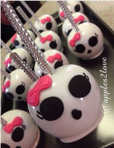 Custom Candy Apples! #monsterhigh #candyapples #apples2love #customtreats #instacute #appleglam #sweetandcrunchy