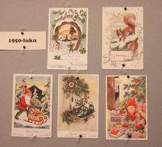 Kirjastolla oli ollut vanhojen postikorttien näyttely. Kuvia oli Facebookissa useampiakin.