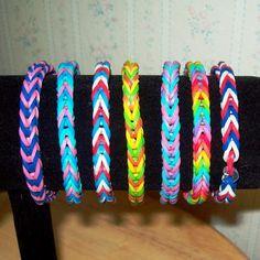Rainbow Loom Rubber Band Bracelet, Fishtail Design, Multi-Color Bracelet in your choice of color combinations Fishtail Loom Bracelet, Loom Band Bracelets, Rubber Band Bracelet, Bracelet Crafts, Jewelry Bracelets, Kandi Bracelets, Summer Bracelets, Pandora Bracelets, Loom Bands Designs