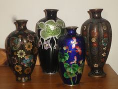 4  MEIJI PERIOD JAPANESE CLOISONNE VASES c 1890 INCL 2 WITH GINBARI DECORATION f