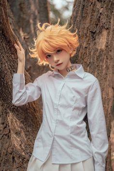 Costume Anime Emma cosplay-The Promised Neverland Kawaii Cosplay, Cosplay Anime, Naruto Cosplay, Cosplay Boy, Epic Cosplay, Cute Cosplay, Cosplay Makeup, Amazing Cosplay, Halloween Cosplay