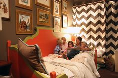 Love the chevron and daybed...just need a different color pallete for L's big girl room...