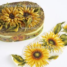 SCATOLA.GIRASOLE Plastic Bottle Flowers, Plastic Bottles, Plastic Moulding, Decoupage Paper, 3d Paper, Rice Paper, Projects To Try, Create, Nice