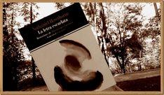 Una portada siempre merece una foto especial sólo para ella. De Anika Entre Libros. LA LETRA ESCARLATA de Nathaniel Hawthorne. Si quieres saber más del libro, reseña en Anika Entre Libros: www.anikaentrelibros.com