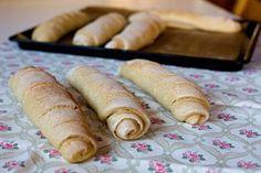Kváskové bagety - Testováno na dětech Sausage, Food And Drink, Bread, Sausages, Brot, Baking, Breads, Buns, Chinese Sausage
