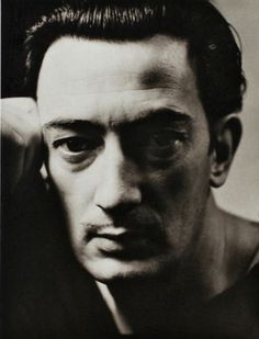 Photo: George Hoyningen-Huene   Salvador Dali, circa 1930