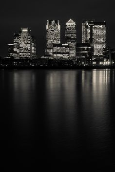 Canary Wharf Noir (London) by Paul Shears London Architecture, London Pictures, City That Never Sleeps, River Thames, London City, London Night, London Calling, City Art, Urban Landscape