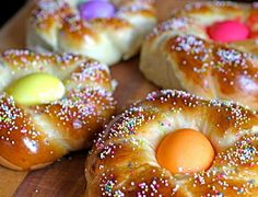 Italian Easter Bread my Grandmother Julia Simone from Paterno, Cosenza, Calabria always made this @ Easter, as did my Mama.