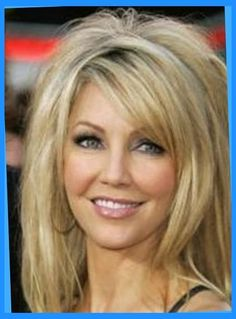 latest-layered-medium-hairstyles-for-women-2011-2012-regarding-medium-length-feathered-hairstyles-400x555.jpg (422×571)