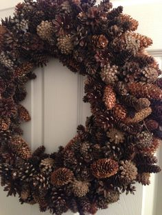 Pinecone wreath - DIY