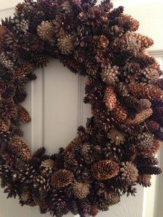 Pinecone wreath - DIY