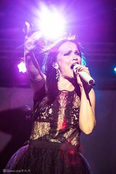Tarja Turunen live at E-Max Music Zone, Hong Kong, 26/06/2016 #tarja #tarjaturunen #tarjalive PH: Mirage Music 魅魊音樂 https://www.facebook.com/MirageMusic/?fref=photo