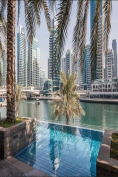 Located in Dubai, miles from The Walk at JBR and 5 miles from Burj Al Arab Tower, Nasma Luxury Stays - Park Island has accommodations with free WiFi,. Dubai Holidays, Dubai Hotel, Beautiful Hotels, 4 Star Hotels, Dining Area, Terrace, Island, Park, Luxury