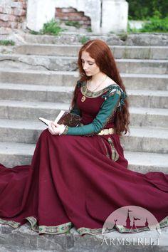 """Medieval Woolen Dress """"Green Sleeves"""""""
