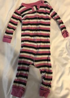 3c42ffa937d4 Baby Gap Baby Girls Size 6-12 Months Footless Pajamas Pink Stripes  fashion