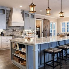 White kitchen is never a wrong idea. The elegance of white kitchens can always provide . Elegant White Kitchen Design Ideas for Modern Home Farmhouse Kitchen Island, Modern Farmhouse Kitchens, Home Kitchens, Kitchen Islands, Remodeled Kitchens, Modern Farmhouse Design, Small Kitchens, Kitchen Island With Sink, Farmhouse Interior