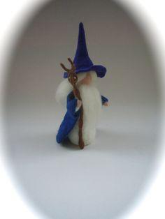 Jahreszeitentisch - Zauberer.Gefilzt.Waldorf Puppe.Märchen. - ein Designerstück von Filz-Art bei DaWanda