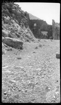 Mycenae. Lion Gate. Dorothy Burr Thompson Greece 1924
