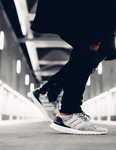 "An Exclusive Closer Look at the adidas Ultra Boost 3.0 ""Oreo"" | Nice Kicks"