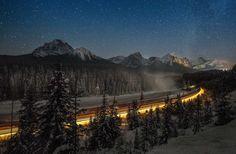 Im kanadischen Banff-Nationalpark, seines Zeichens Unesco-Welterbe, schmiegt sich eine Eisenbahnstrecke sanft in die Kurve: die Morant's Curve