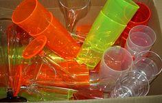 Richtig tolle Mehrweg-Kunststoffbecher von http://www.kohlmeier-shop.de/  Mein Testbericht ist hier:  http://www.tarisa.de/produktvorstellung-mehrwegbecher-vom-direktvertriebshop-der-gebr-kohlmeier-gmbh/