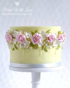 Valentine's Day 2020 : Mothers Day Cake Ideas – Mothers Day Cake Design – Mothers Day Cake Ideas 2020 - Quotes Time Gorgeous Cakes, Pretty Cakes, Cute Cakes, Amazing Cakes, Fancy Cakes, Bolo Floral, Floral Cake, Pastel Floral, Pastel Colors