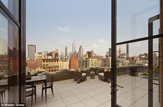 Cameron Diaz will get lots of fresh air: on her balcony which has a 360 degree view of the city