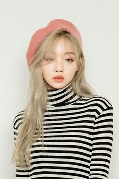 Ulzzang - Fashion - Beauty - Kpop I do NOT post pictures of myself! The girls' names. Ulzzang Fashion, Ulzzang Girl, Asian Fashion, Look Fashion, Fashion Beauty, Korean Makeup Ulzzang, Ulzzang Style, Fashion Hats, Fall Fashion