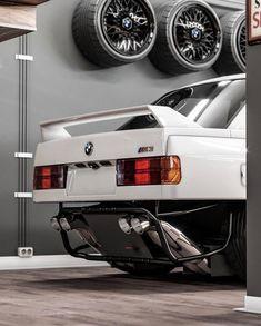 Uncovered Rear Valence on a BMW three Collection. Uncovered Rear Valence on a B E36 Cabrio, Rolls Royce Motor Cars, Bmw M Power, Bmw E30 M3, Bmw Autos, Bmw Classic Cars, Drifting Cars, Bmw 3 Series, Car Tuning