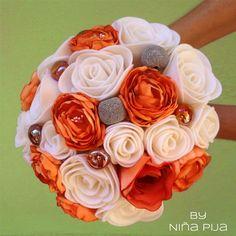 NIÑA PIJA Complementos de bodas originales y creativas: Ramo de Novia En Fieltro Y Tela Tonos Naranjas