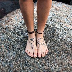 Philippe leblond world map tattoo feet travel wanderlust tattoos el mundo a sus pies a estos pies me los encontr en goa india yendo gumiabroncs Images