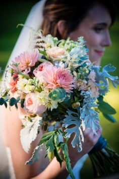 Gorgeous bride & bouquet. Grand Isle Lake House, VT. Andy Duback Photography