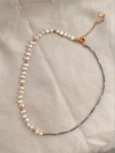 Diy Necklace, Necklace Designs, Necklace Ideas, Pearl Necklace, Beaded Jewelry Designs, Pearl Beads, Bead Jewellery, Jewelry Necklaces, Beaded Bracelets