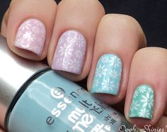 Pastel nails with white flower stamp pattern... love love love :)