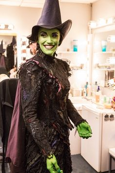Photo 19 of 19 | Caroline Bowman flashes a big smile before returning to Oz. See her in Wicked at the Gershwin Theatre! | Exclusive Photos! Go Backstage with Caroline Bowman & Kara Lindsay as They Become Wicked's New Witches | Broadway.com