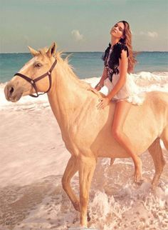 I NEED TO RIDE A HORSE ON THE BEACh