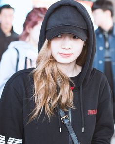다현 이 후디 #twice_luvwies #kpop #twice #once #cheerup #tt #knockknock #oneinamillion #tzuyu #dahyun #nayeon #momo #sana #mina #jihyo #chaeyoung #jeongyeon #kimdahyun #dahyuntwice #twicedahyun #다현 #김다현 #트와이스 #원스 @twicetagram