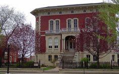 The Reddick Mansion built in 1858 for the tidy sum of $25,000 in Ottawa, Illinois. #Illinois #Ottawa
