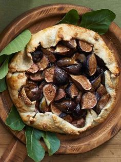 Fig Crostata | When figs reach the height of their season in late summer and early autumn, take advantage of their sweet flavor and luxurious texture by showcasing them in this rustic fig crostata, which is a free-form tart that is similar to a galette.